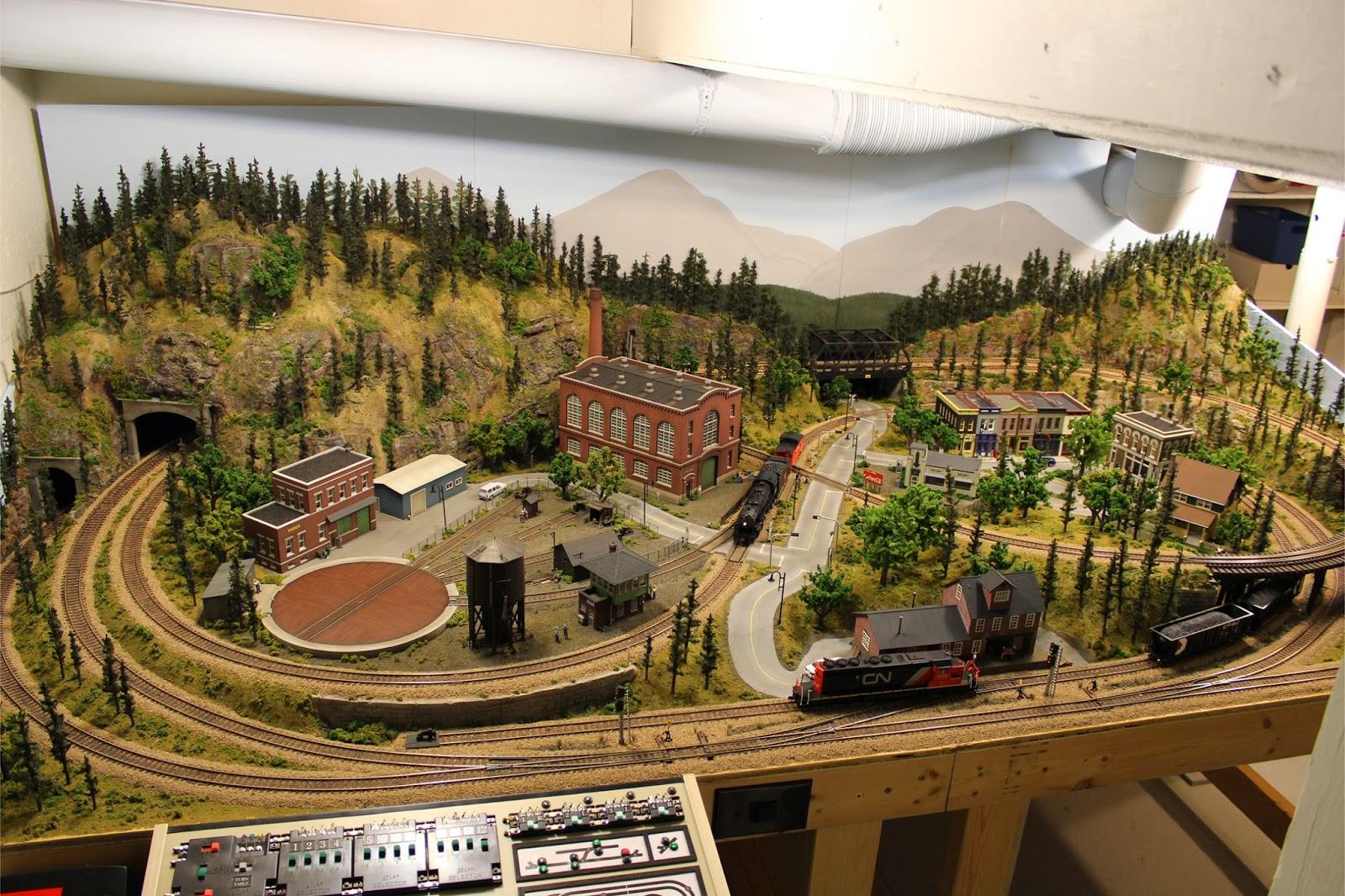 Model railroads layouts