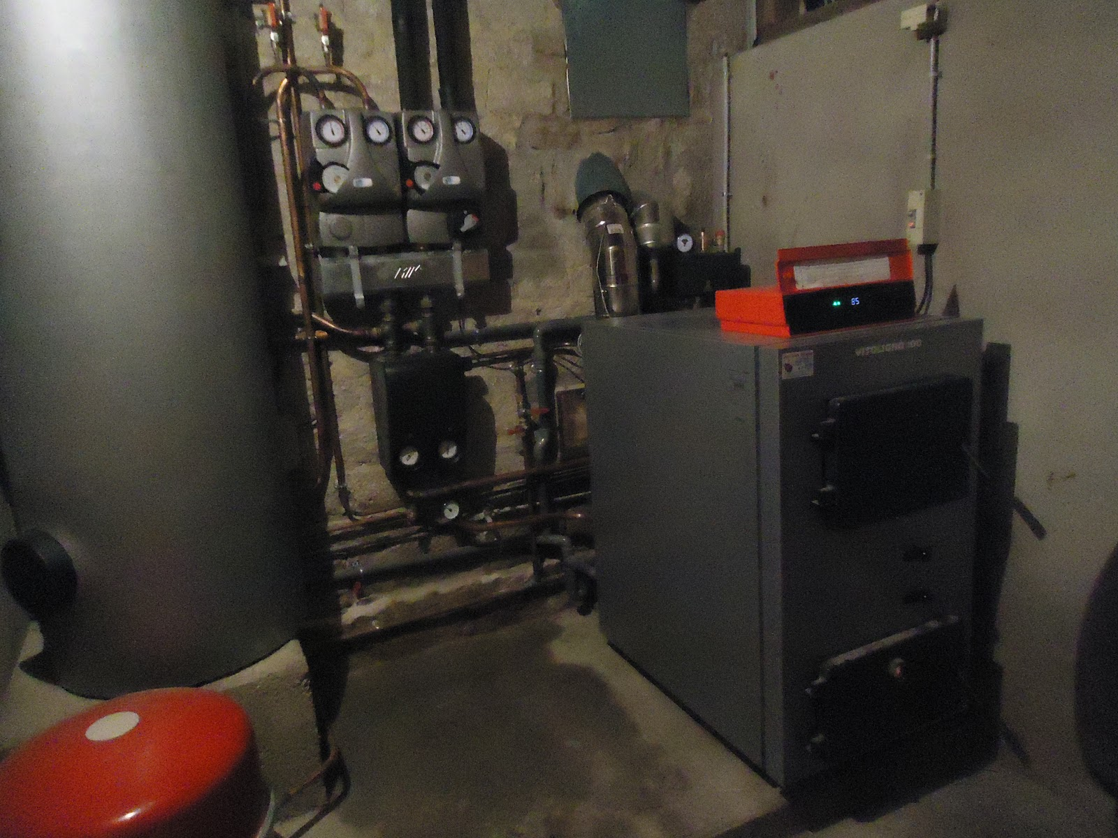 Radiateur salle de bain eau chaude for Chauffage salle de bain castorama