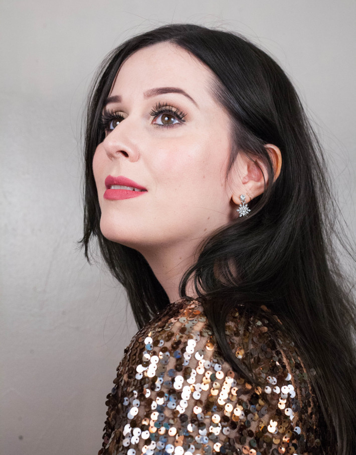Beauty: soft gold NYE makeup tutorial