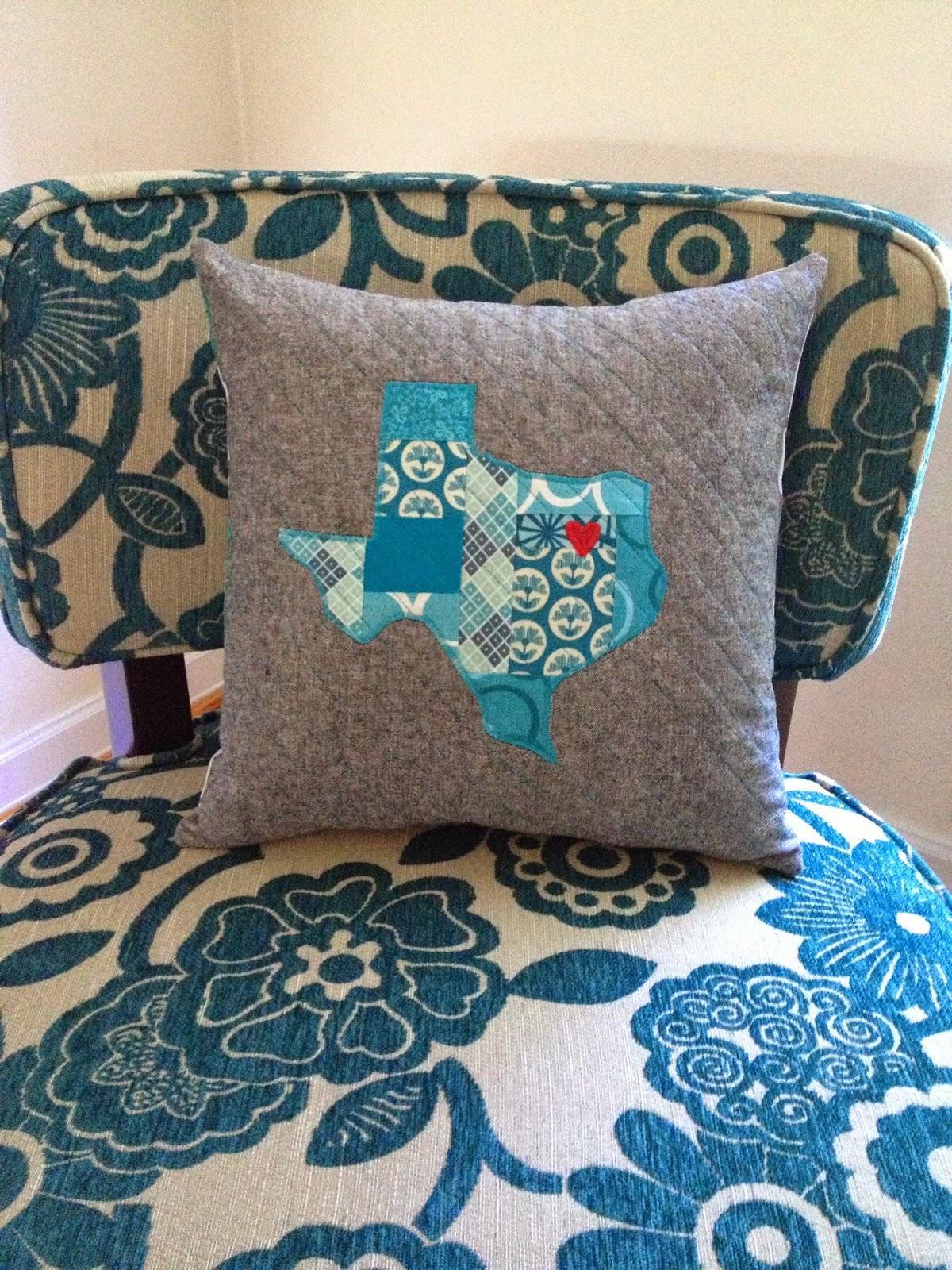 http://ablueskykindoflife.blogspot.com/2014/07/pillow-texas-love.html