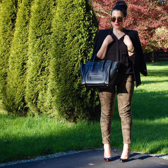 Camo skinny jeans, Helmut Lang Cusp blazer, Celine Mini Luggage tote, Christian Louboutin kid 100 pumps