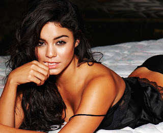 Vanessa Hudgens Hot Picture In Black Night Dress