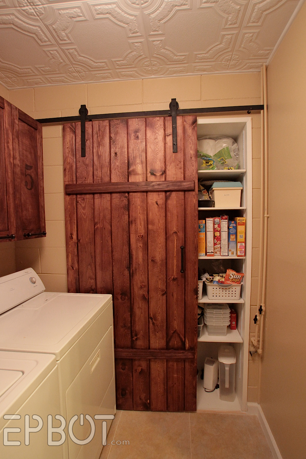 How To how to build door pics : EPBOT: Make Your Own Sliding Barn Door - For Cheap!