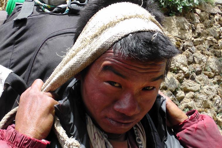 Portatori- Nepal Himalaya