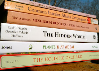 Looking ahead: The Summer-Fall reading bookstack.