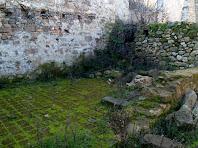 Un terra enrajolat de Can Serra
