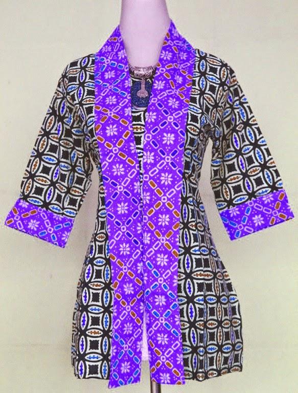 contoh model batik wanita kombinasi ungu