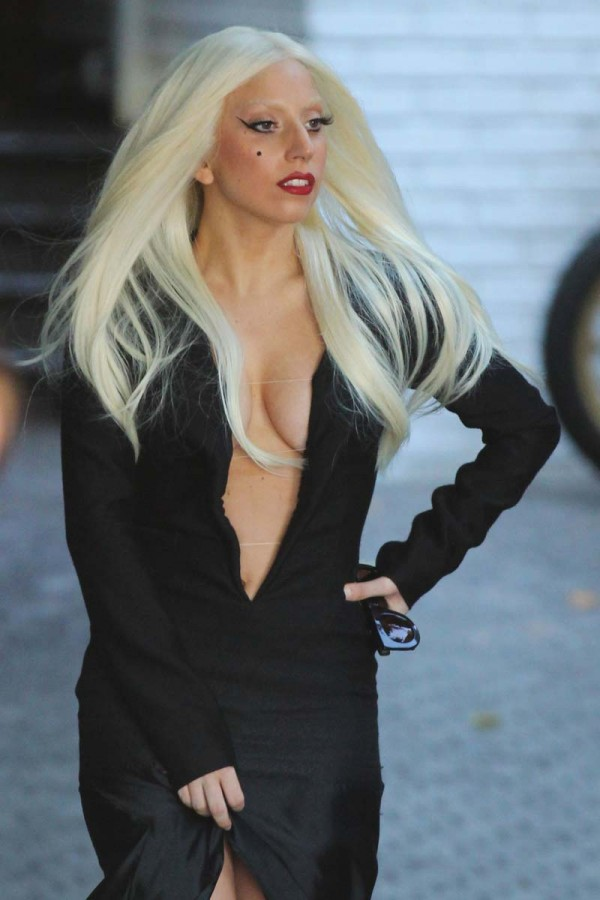 Lady Gaga Braless