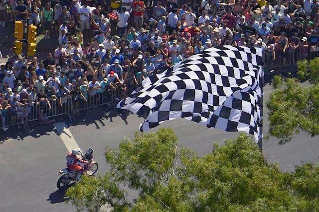 Rally Dakar 2014: comenzó la gran fiesta en Rosario con la largada simbólica ante una multitud Dakar-1821215h627