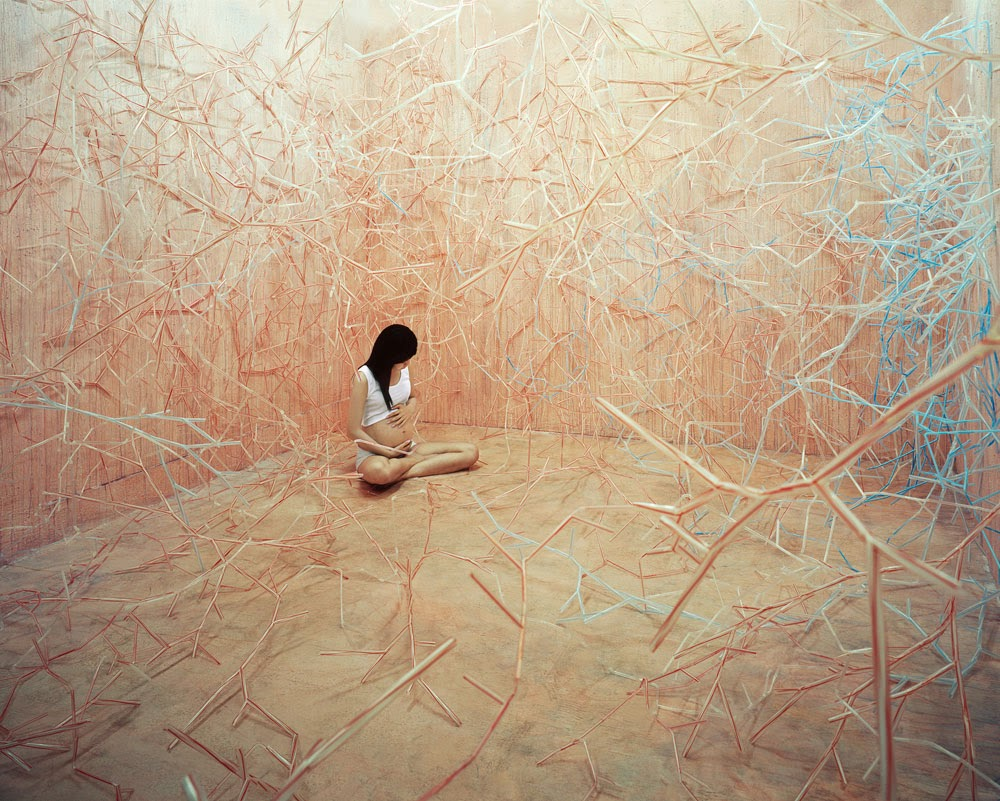 04-Foodchain-South-Korean-Jee-Young-Lee-Surreal-Stage-of-Mind-www-designstack-co