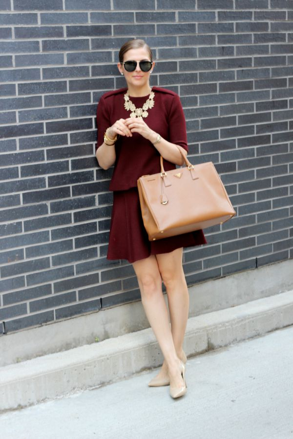 curated by amy holt renfrew centre show us your look contest