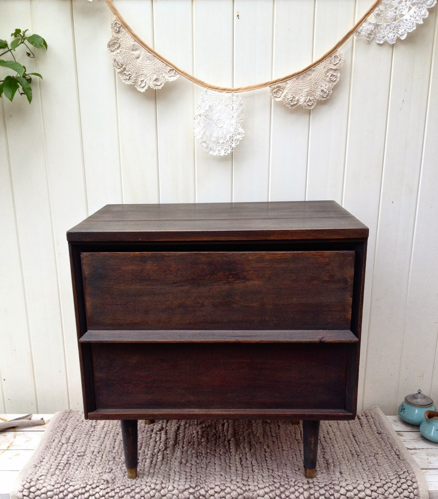 black DIY mid-century side table