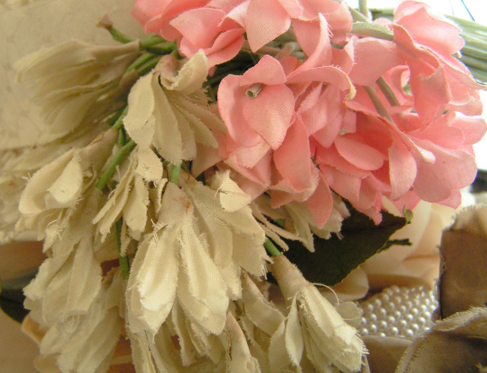 Very Pretty Millinery And Crepe Flowers Collar City Brownstone