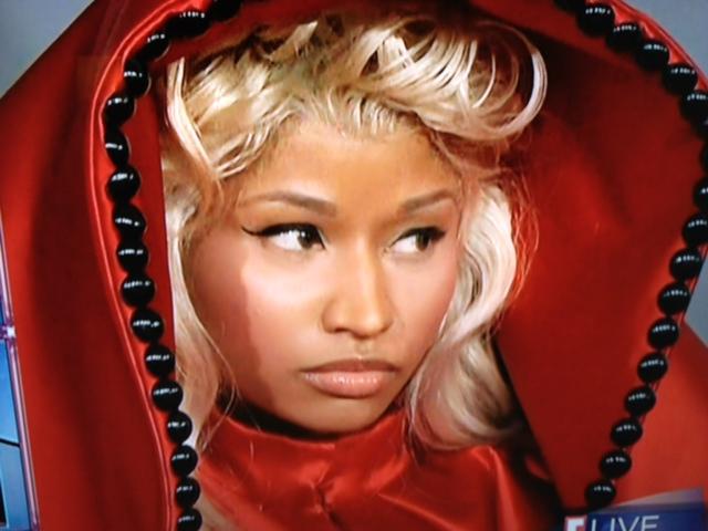 Nicki Minaj Grammy 2012 face