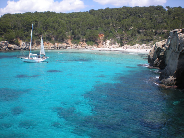 Cala Escorxada, una de las preciosas calas que tiene Menorca