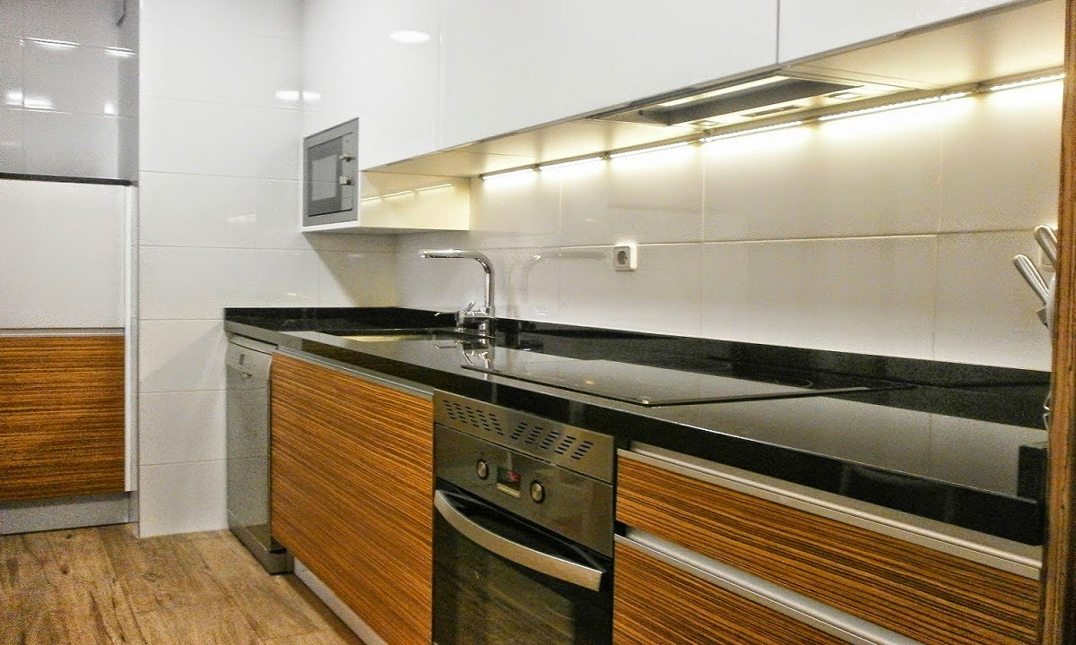 Kitchen Black And White Granite