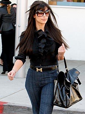 Kardashian on Kim Kardashian06 Kim Kardashian 2011 Kim Kardashian Twitter Kim