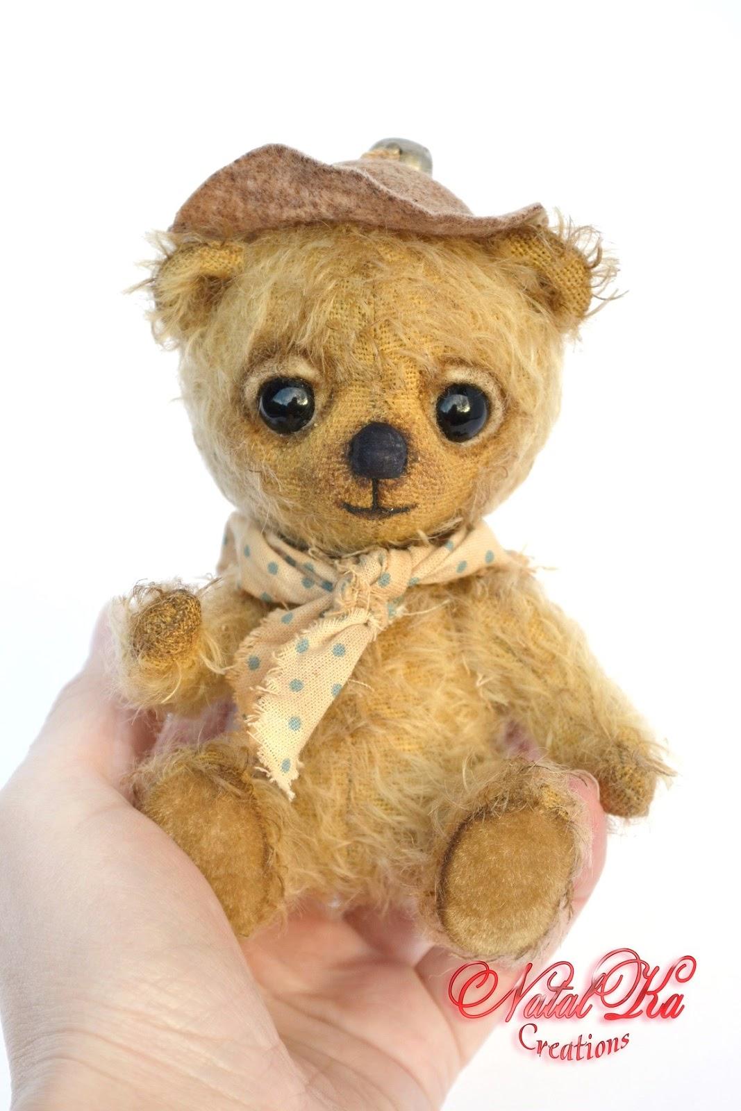 Künstlerbär, Teddybär, Bär, Teddy aus Mohair, Unikat, handgemacht von NatalKa Creations. Artist teddy bear, bear hanmade, artist bear, ooak, mohair, vintage look, handmade by NatalKa Creations