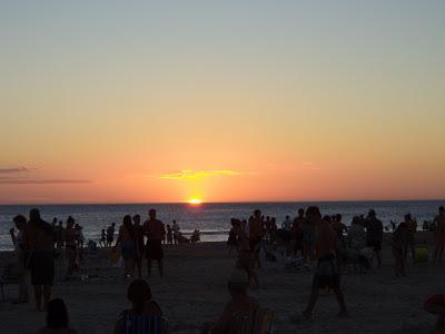 Playa Hermosa; Balneario Playa Hermosa, Balnearios cercanos a Piriapolis, Turismo en Maldonado, Turismo en Piriapolis, Turismo en Playa Hermosa, Servicios en Playa Hermosa, Donde Alojarse en Playa Hermosa,