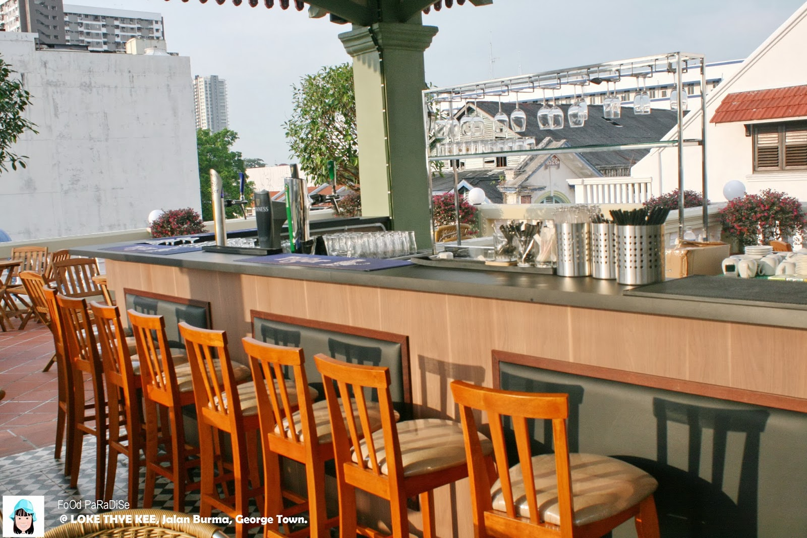 Food paradise loke thye kee for The terrace bar and food