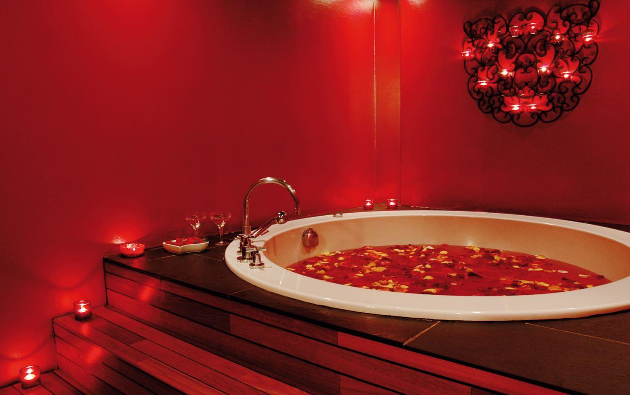 hammam piscine et spa luxe after the rain au saint james albany bons plans sorties paris. Black Bedroom Furniture Sets. Home Design Ideas