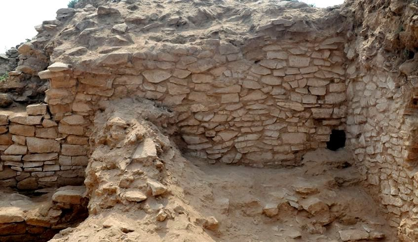 Altar relics found at China's neolithic city ruins