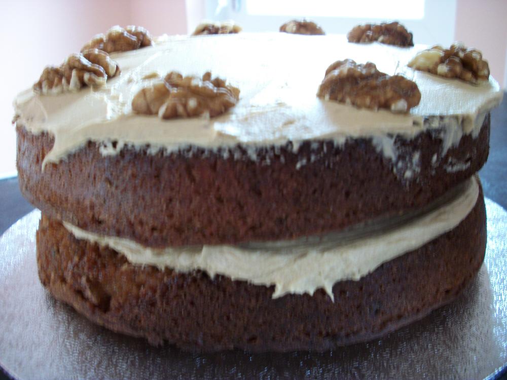 Kiss of Cookies: Coffee and Walnut Cake