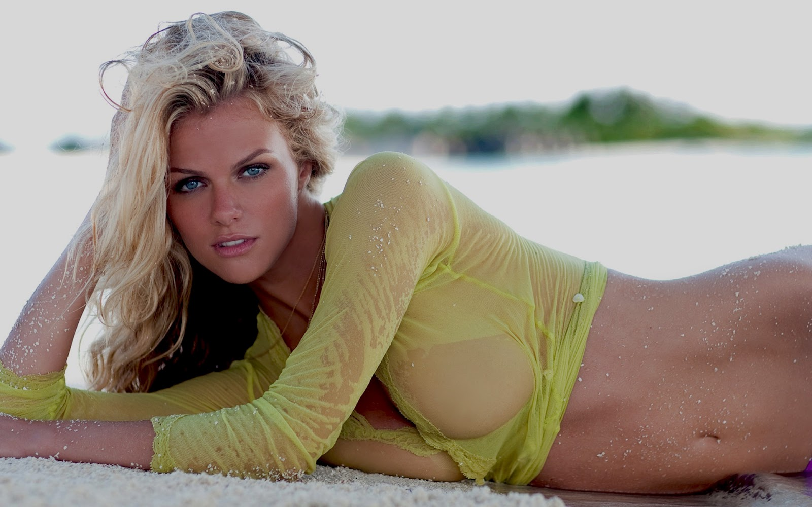 http://1.bp.blogspot.com/-47m_dFg3Pz4/T7iRzhRQ2mI/AAAAAAAAAGc/89SW-7Meaws/s1600/Erotic+brooklyn+decker+hot+wallpaper.jpg