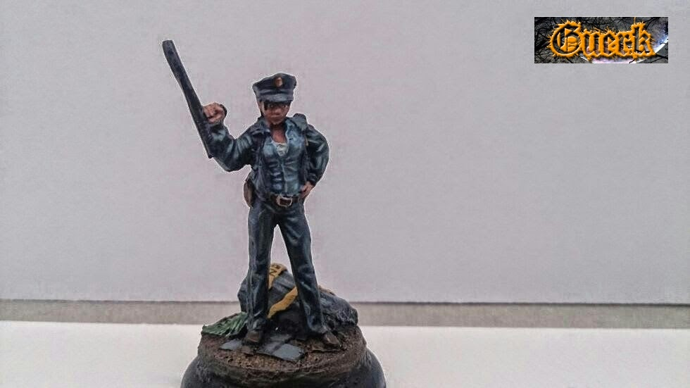 Galeria de Guerk Police+woman-mujer+policia-knight+model-35mm-+batman+miniature+game-+batman+(4)
