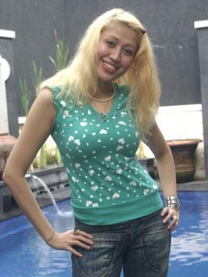 http://1.bp.blogspot.com/-48-cevD7uXg/Ta2I1JKxR1I/AAAAAAAAA6w/YV0IBk-eU3Q/s400/Tatanan%2BRambut%2BTerburuk%2BArtis%2BIndonesia%2B5.jpg