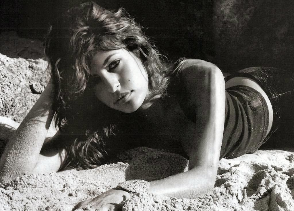 Eva mendes black and white hd hot sleeping images
