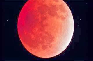 Fenomena Bulan Merah Darah, Tanda Datangnya Kiamat