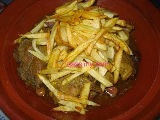 طاجين بالبصلة والبطاطس المقلية بنين وسهل
