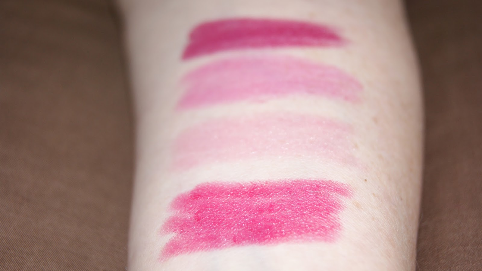 Clinique Whole Lotta Chubby Set Swatches