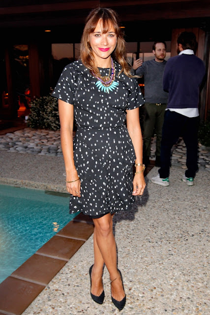 salon-negro-zapato-shoes-chaussures-calzature-scparpe-pumps-black-RashidaJones