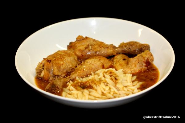 Huhn in Rotwein mit Zimt, Nelken, Lorbeer und Muskat