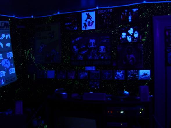 glow in the dark bedroom ideas