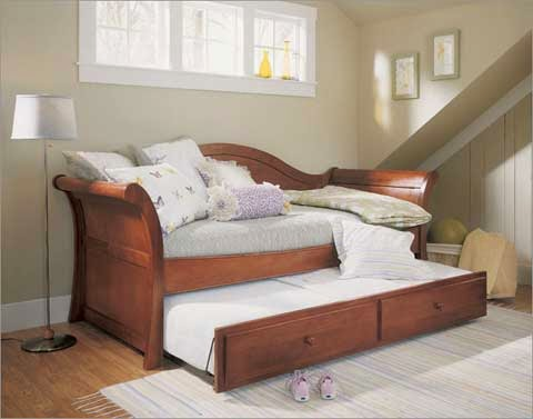 stylish wooden twin daybed design