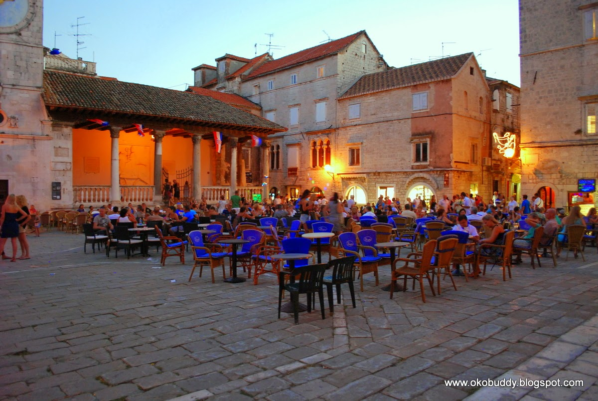 Trogir rynek. Trogir - market square