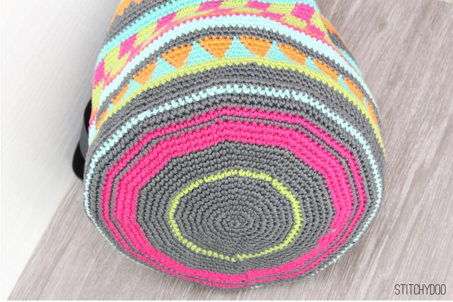 stitchydoo taschen crochetalong meine geh kelte tapestry tasche. Black Bedroom Furniture Sets. Home Design Ideas
