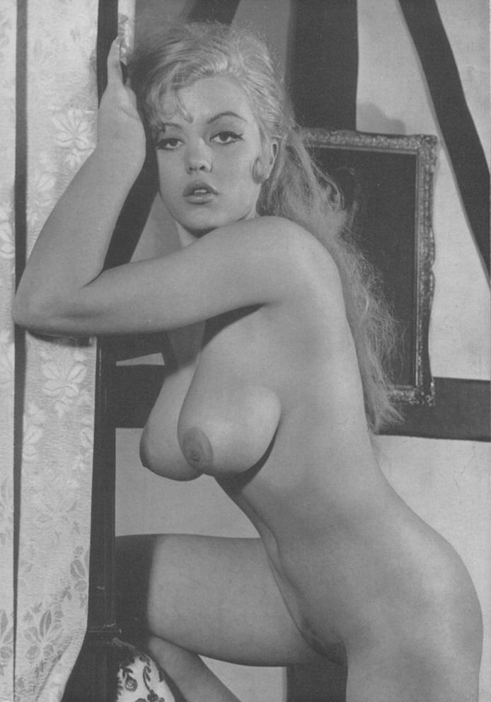 porno-aktrisi-pervie