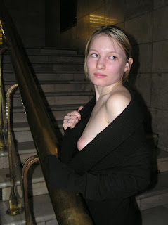 Hot Girl Naked - rs-P1010023_5-748446.JPG