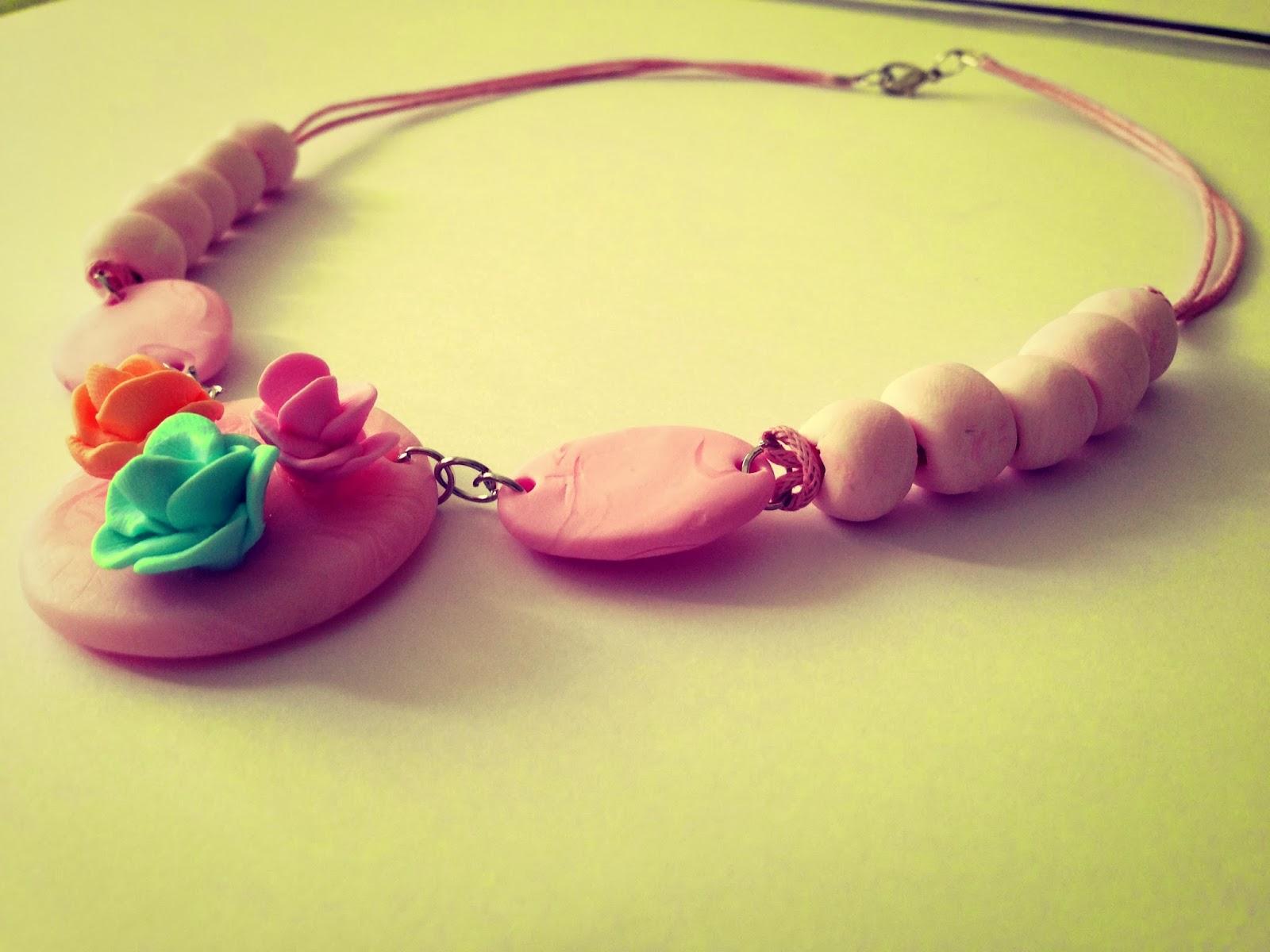 Collar Colores Pastel Rosas FIMO