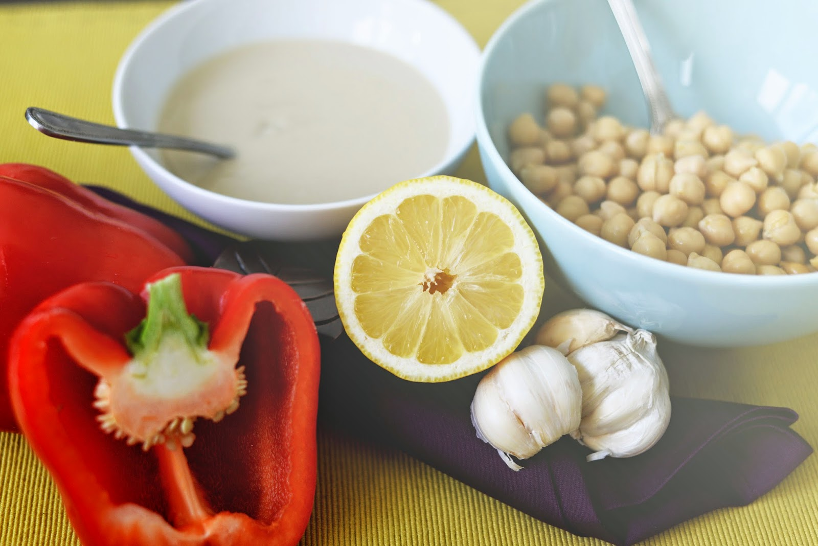 Super simple hummus ingredients