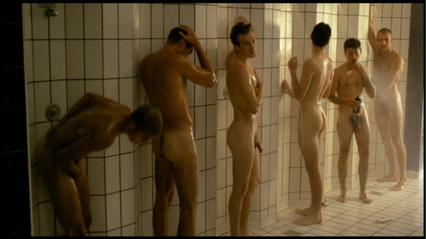 Male frontal nude scenes in movies