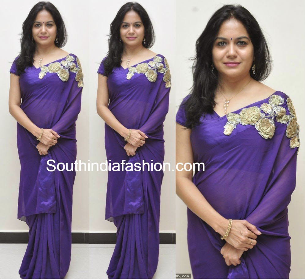 singer sunitha saree with brooch
