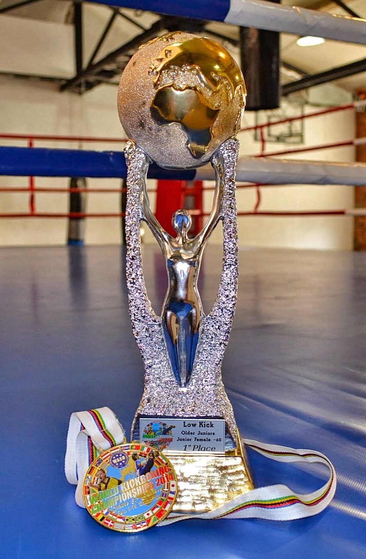 Dominika Gleisner, stójka, sporty walki, zielonogórski sport, kickboxing, muay thai, low kick, boks, dworcowa 31, Rimini, Stadion 105, zatonie, nasze zatonie