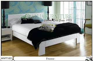 Tempat Tidur Minimalis Modern Frezee