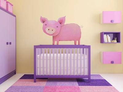 Toddler's pink room design idea - piggy wall sticker