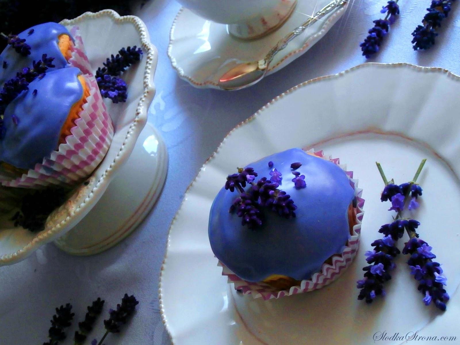 Muffinki/ Babeczki Lawendowe - Przepis - Słodka Strona